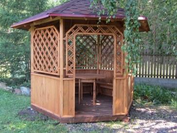 Садовая, дачная, парковая деревянная беседка с мебелью: скамейка, стол