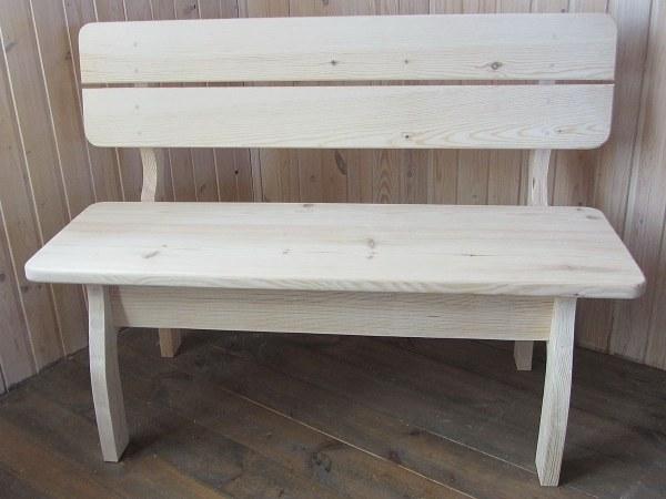 Дачная, парковая скамейка из сосны. Садовая мебель